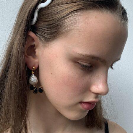 Ariel Lana Black Glass Earrings