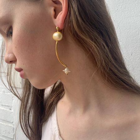 Cott Gold Flower Pearl Earrings