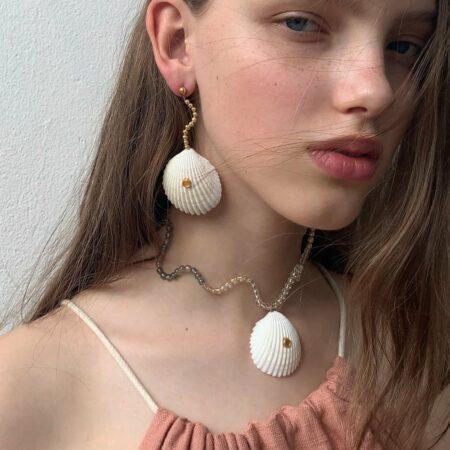 Shellfie Ariel Tri-Graduate Necklace