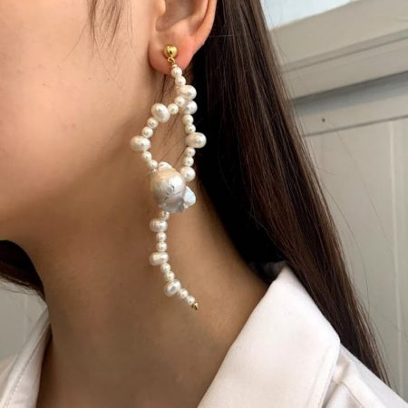 Ariel Natural Pearl Wave Earrings