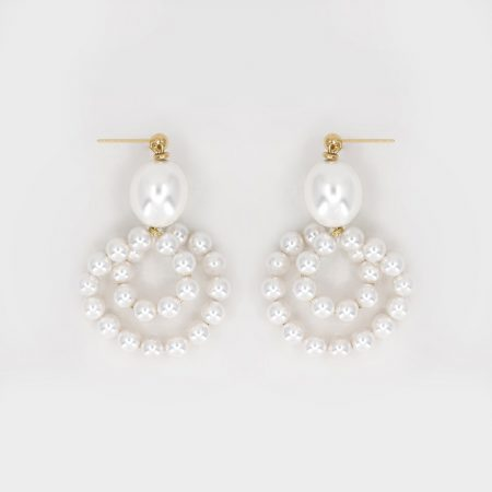Donna Egg Pearl Coile Earrings