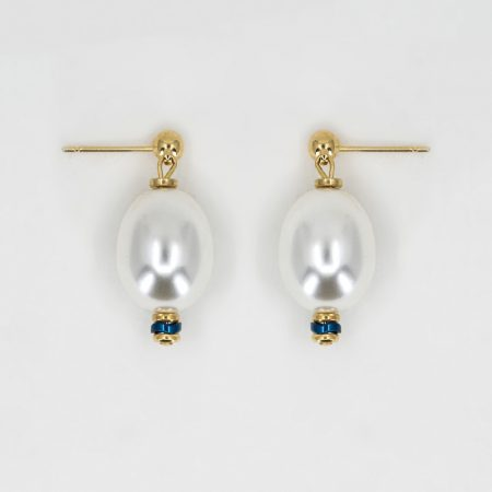 Donna Egg Pearl Earrings