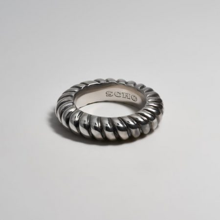 Max Bold Coile Ring