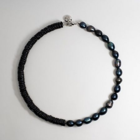 Dark Pea Half Shell Necklace