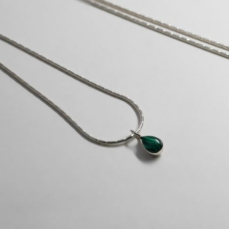 Lou Malachite Necklace