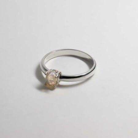 Lou Oval Opal Ring