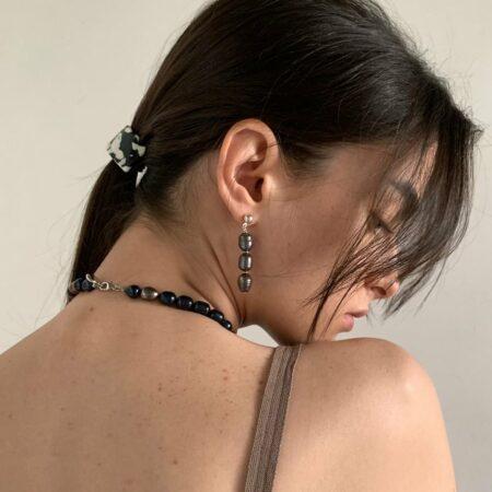Dark Lana Pea Earrings